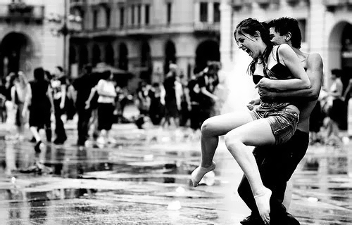 black-and-white-couple-happy-igottapeenow-tumblr-com-love-rain-favim-com-101247